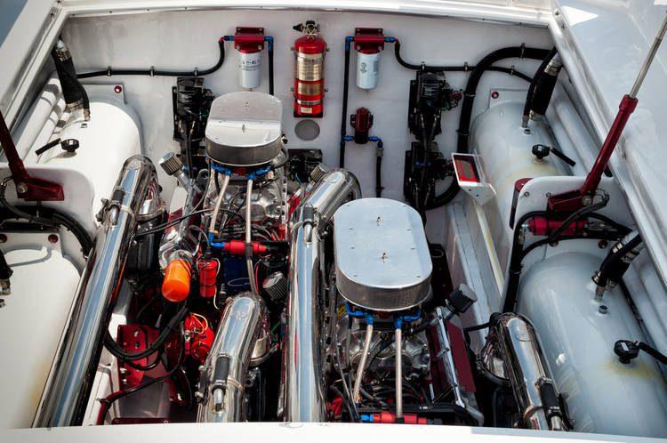 El filtro para la sección de la gasolina del agua